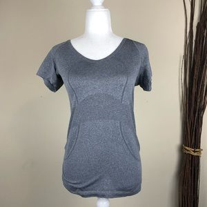 LULULEMON | Gray Run Swiftly Tech V-Neck T-shirt 6